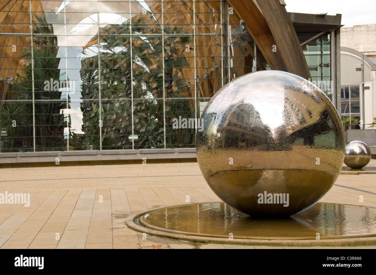 Steel Ball Reflections Stock Photos & Steel Ball Reflections Stock ...