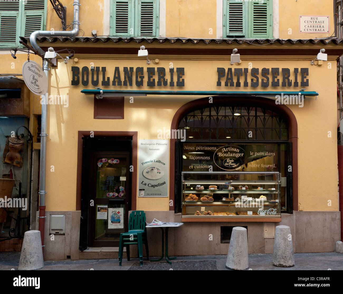 A Boulangerie in Rue Centrale in the Old Town district of Nice - Stock Image