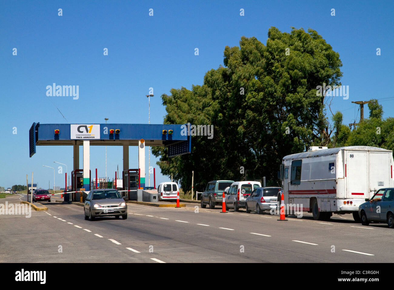Tolls being collected along National Route 3 in Buenos Aires province, Argentina. - Stock Image