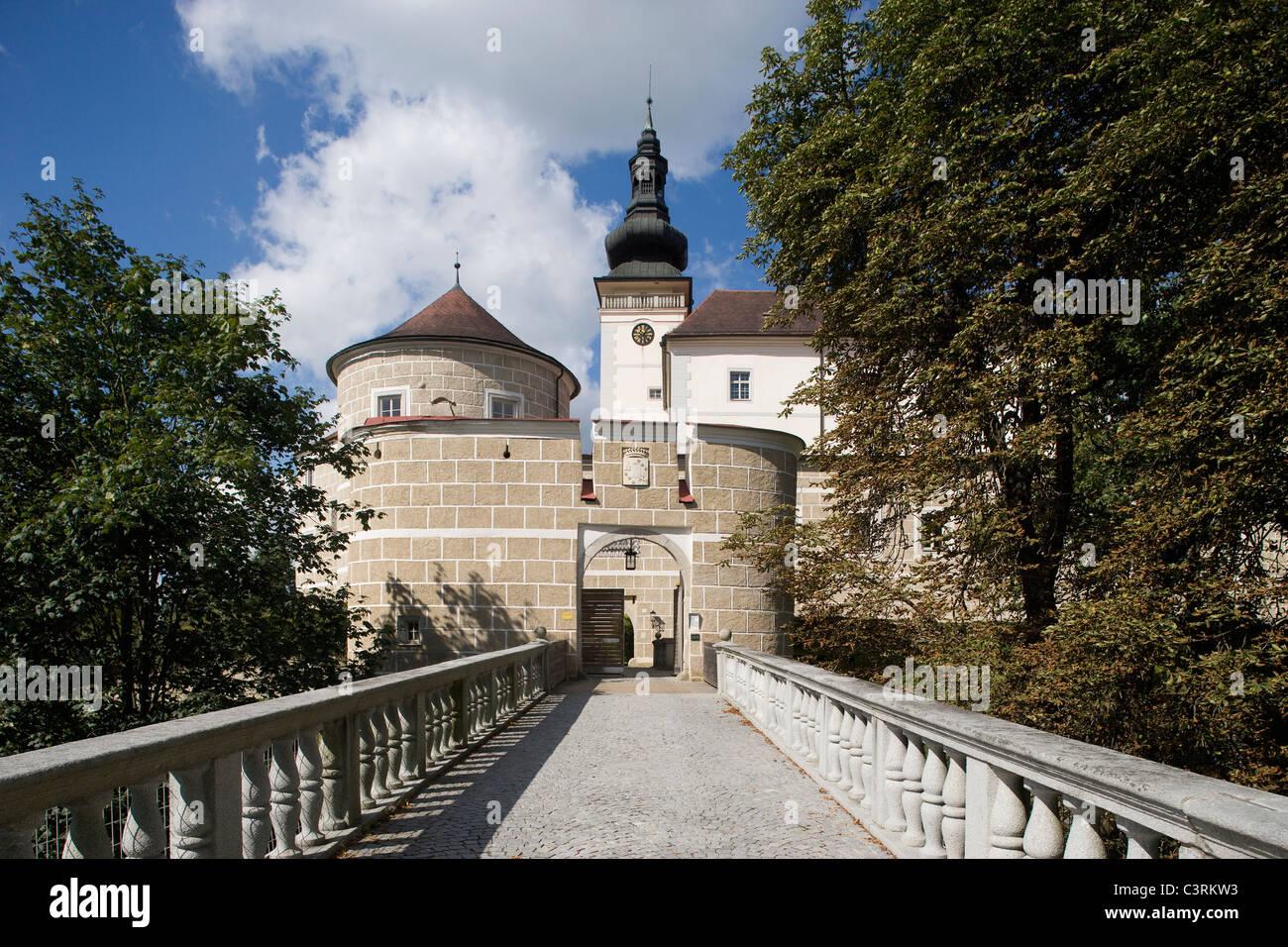Austria, M├╝hlviertel, Kefermarkt, View of schloss weinberg castle Stock Photo