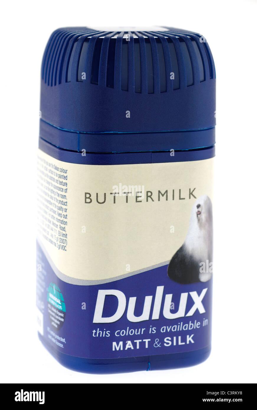 Pot of Dulux matt and silk buttermilk colour match pot - Stock Image