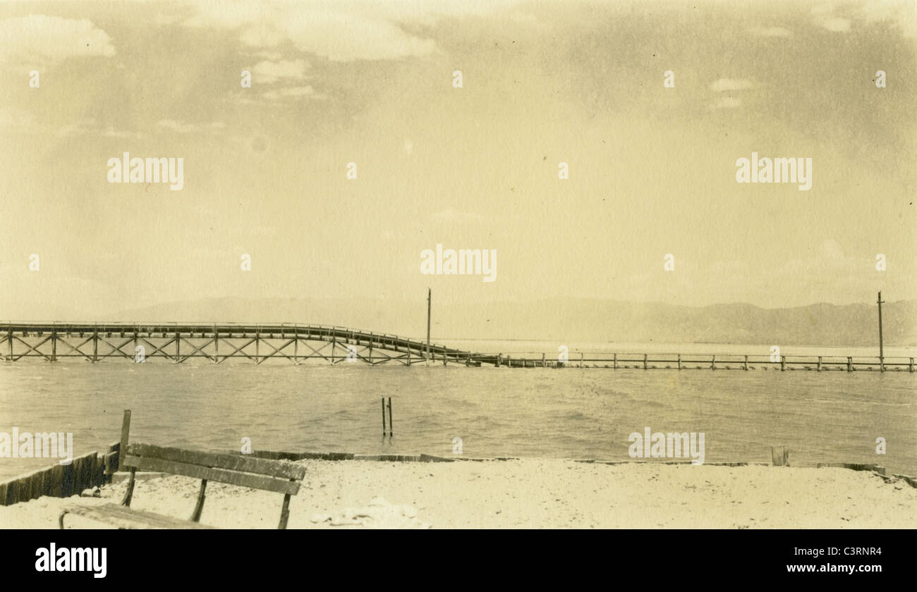 Salt Lake Utah landscape salty body of water Southwest 1940 bleak barren Stock Photo