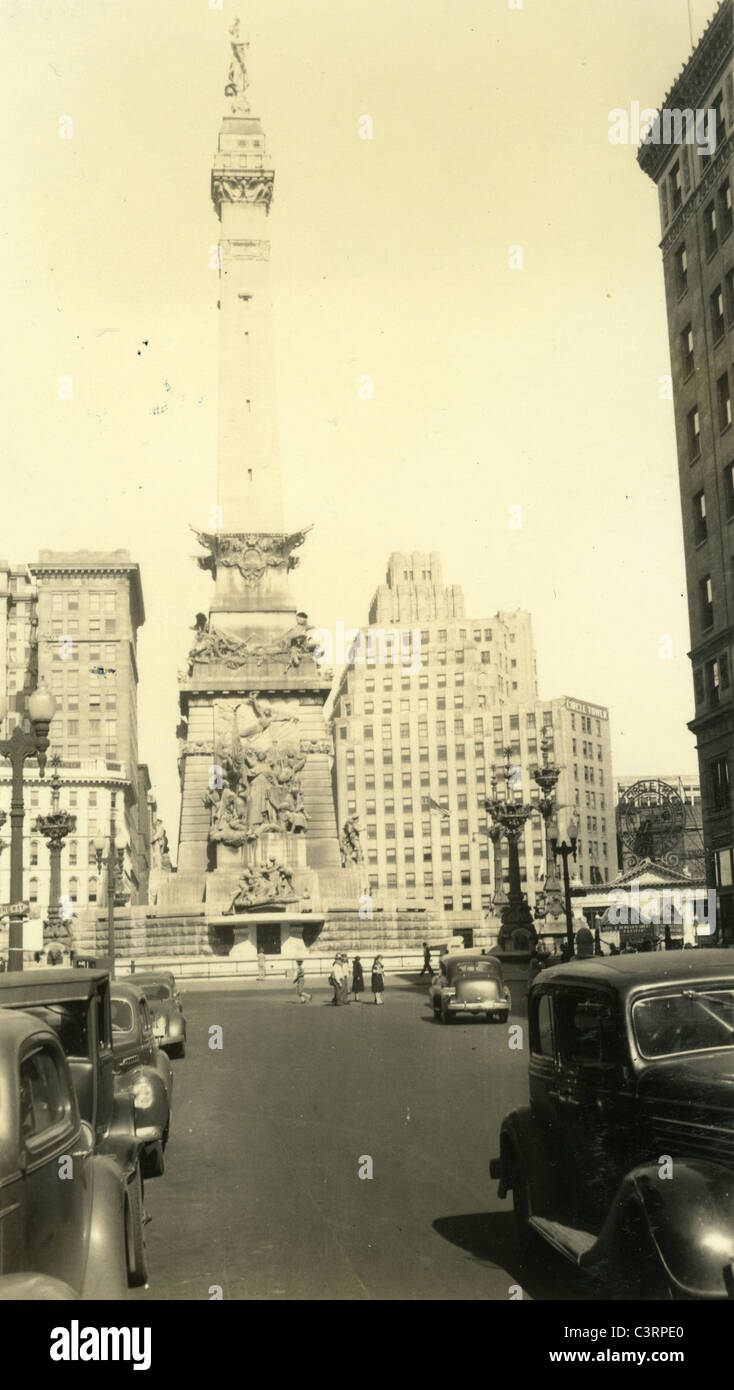 Indianapolis War Memorial Circle 1930s Indiana - Stock Image