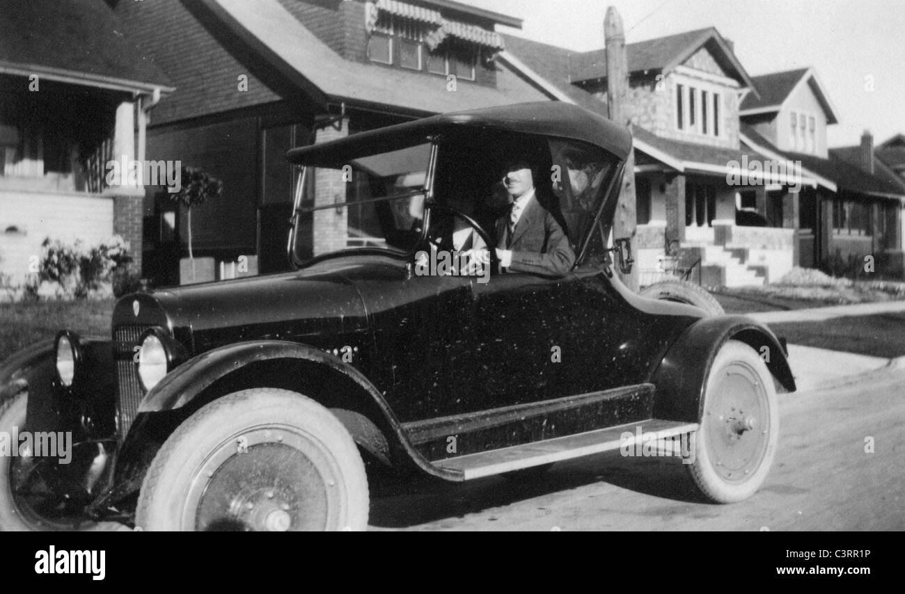 1920s automobiles essay This essay 1920's is available for you on essays24com search term papers, college essay examples and free essays on essays24com - full papers database.