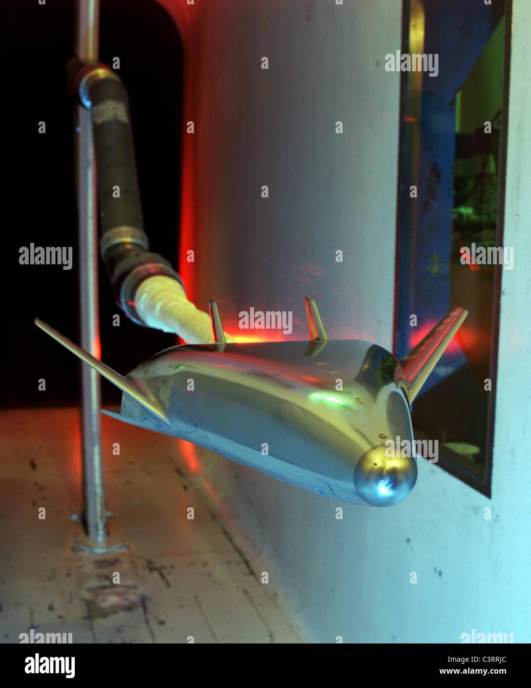 X-33 Metal Model Testing In Low Turbulence Pressure Tunnel - Stock Image