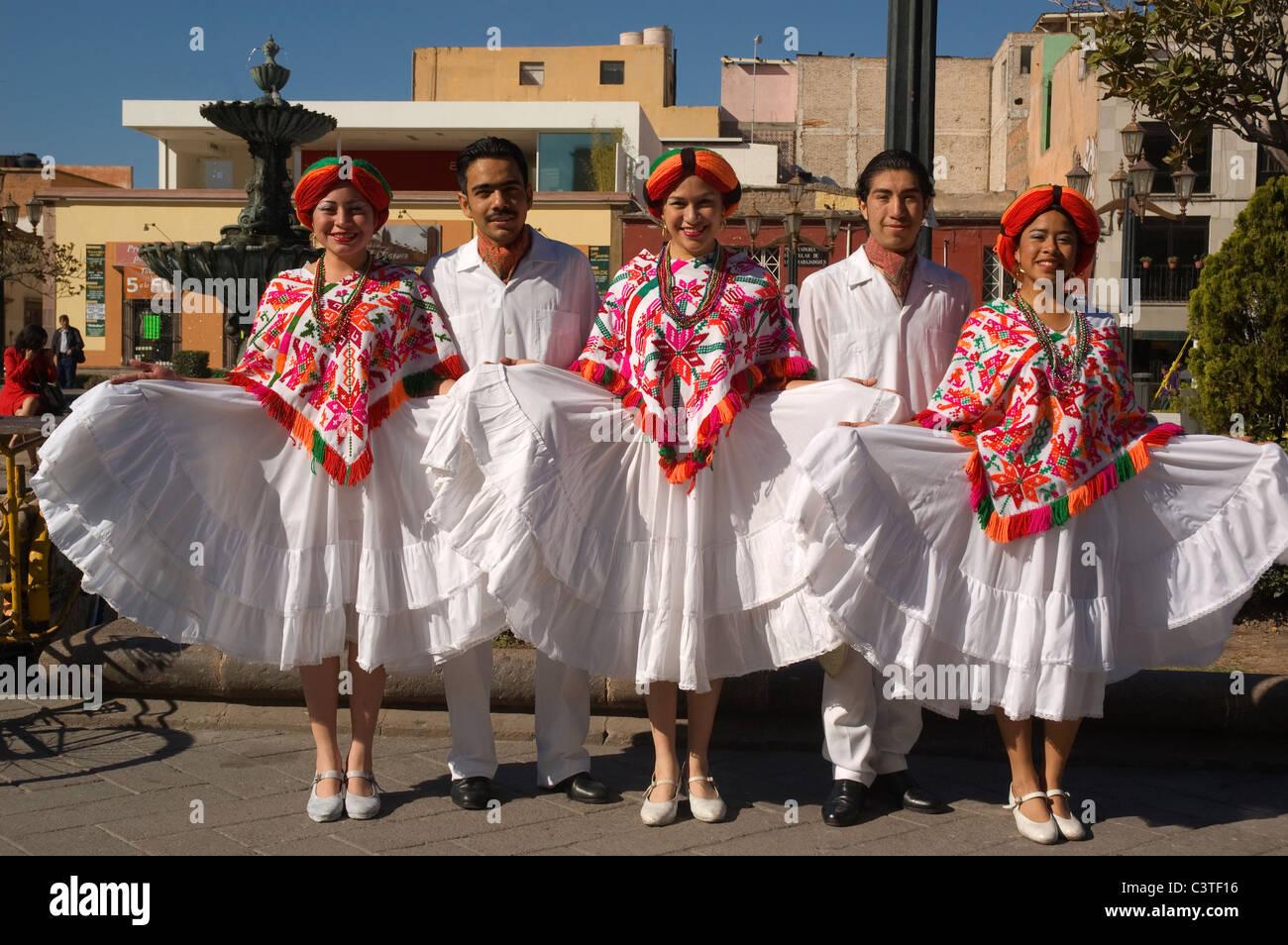8bde669a1 Elk187-3027 Mexico, San Luis Potosi, Mexican dancers at outdoor public show  wearing