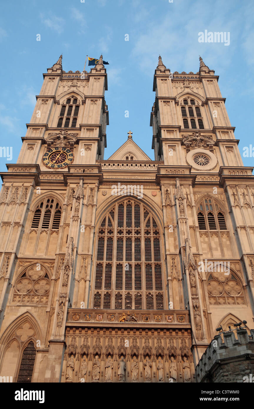 A view up towards the twin towers above the West Door to Westminster Abbey, London, UK. - Stock Image