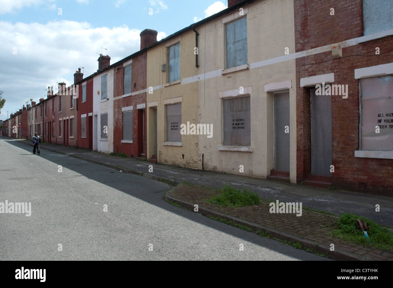 Terraced property in Higher Broughton,Salford, awaiting demolition following Compulsory Purchase Order by Salford - Stock Image