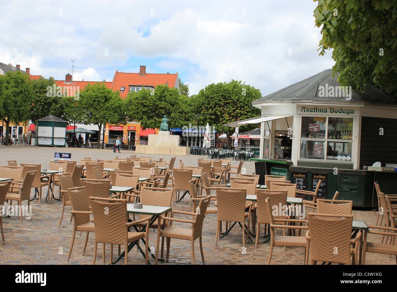 Outdoors cafe in down town Helsingør, Denmark - Stock Image