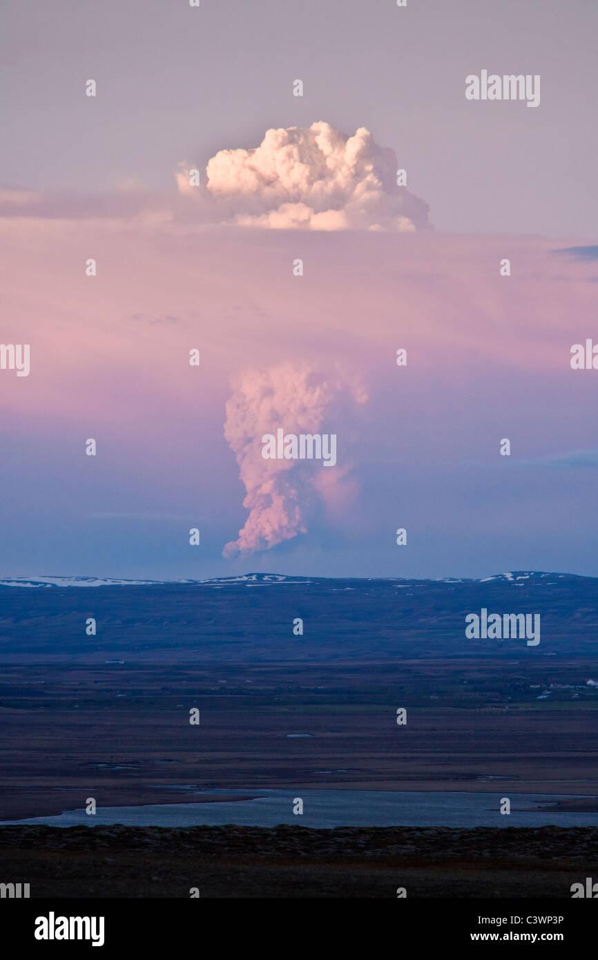 Iceland 21.May 2011: Volcanic eruption in Grimsvotn, Vatnajokull glacier, Iceland. - Stock Image