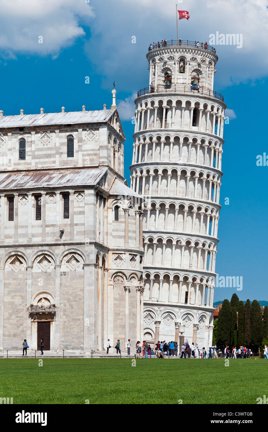 The worldwide famous Leaning Tower standing out against the blue sky, Pisa, Tuscany, Italy Stock Photo