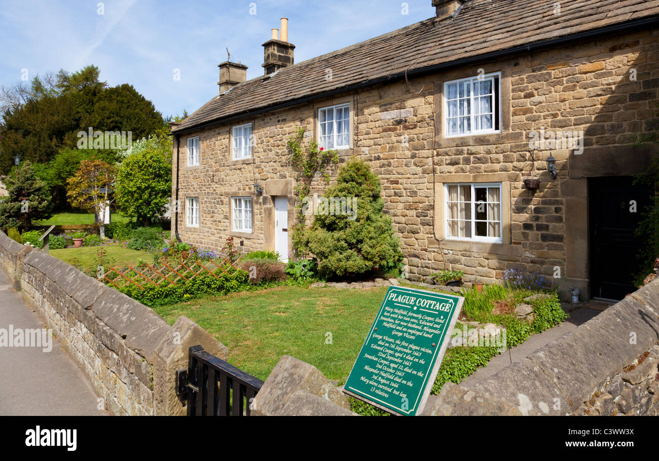 Eyam village Plague cottages Eyam Derbyshire Peak District National Park England GB UK EU Europe - Stock Image