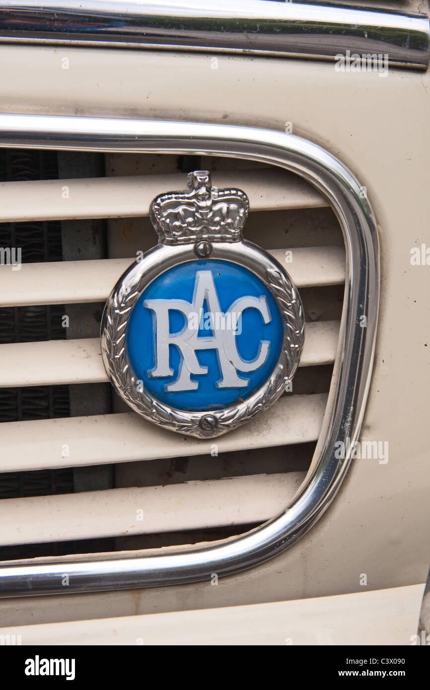 RAC car badge on classic Morris Minor - Stock Image