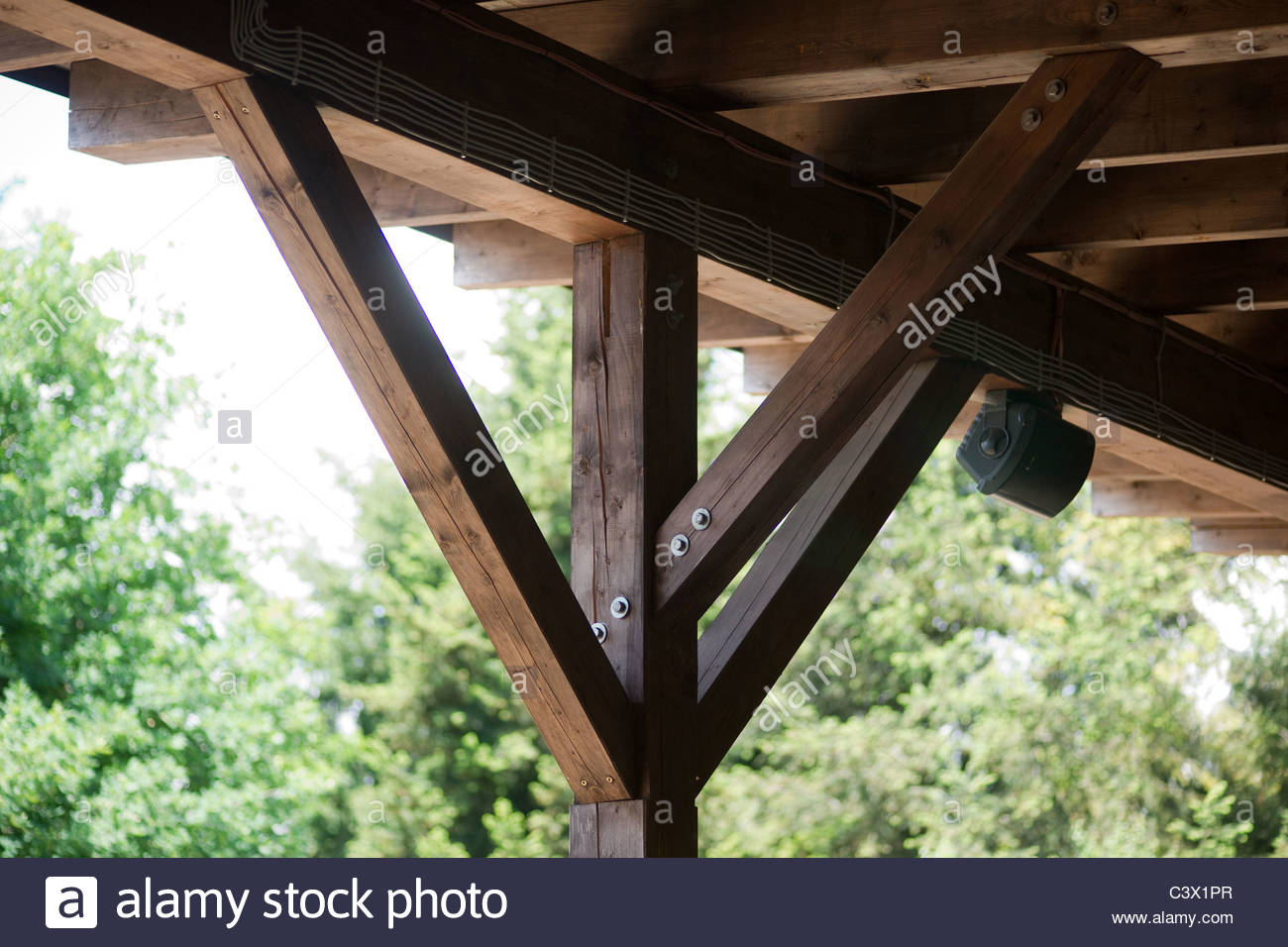 roof architecture structure support diagonal post - Stock Image