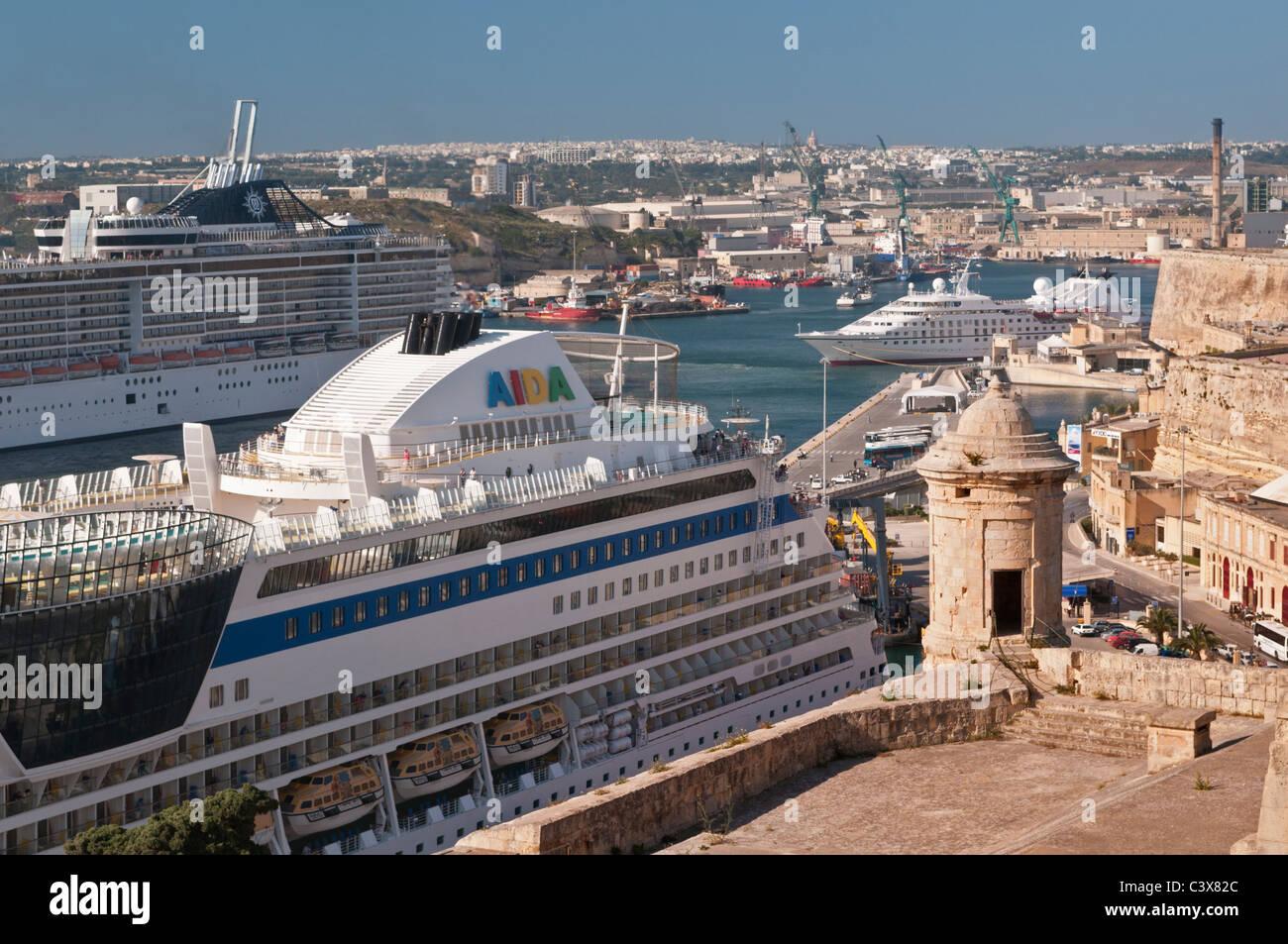 Cruise ships Grand Harbour Valletta Malta - Stock Image