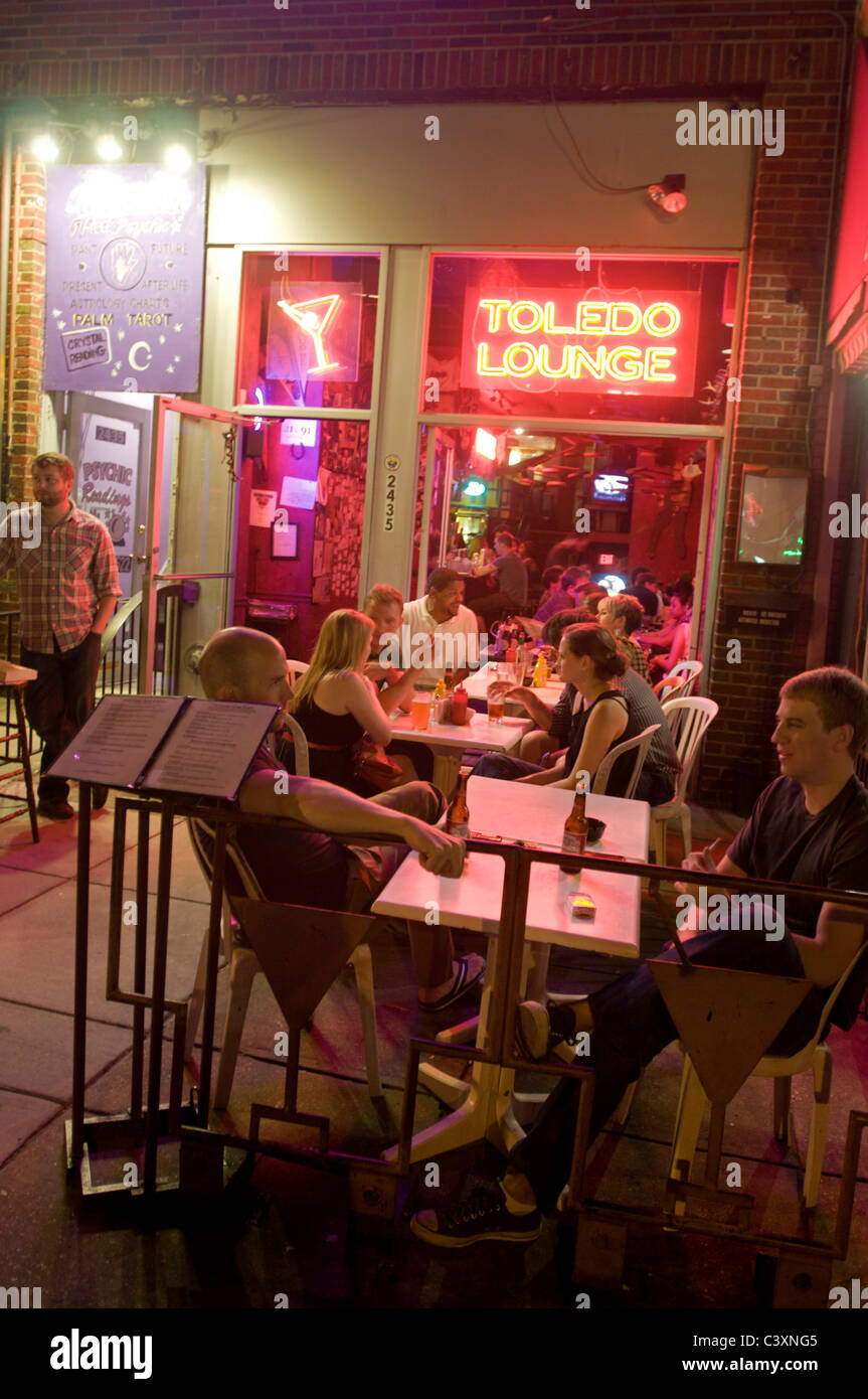 Toldeo Lounge nightlife on 18th street in Adam's Morgan. - Stock Image