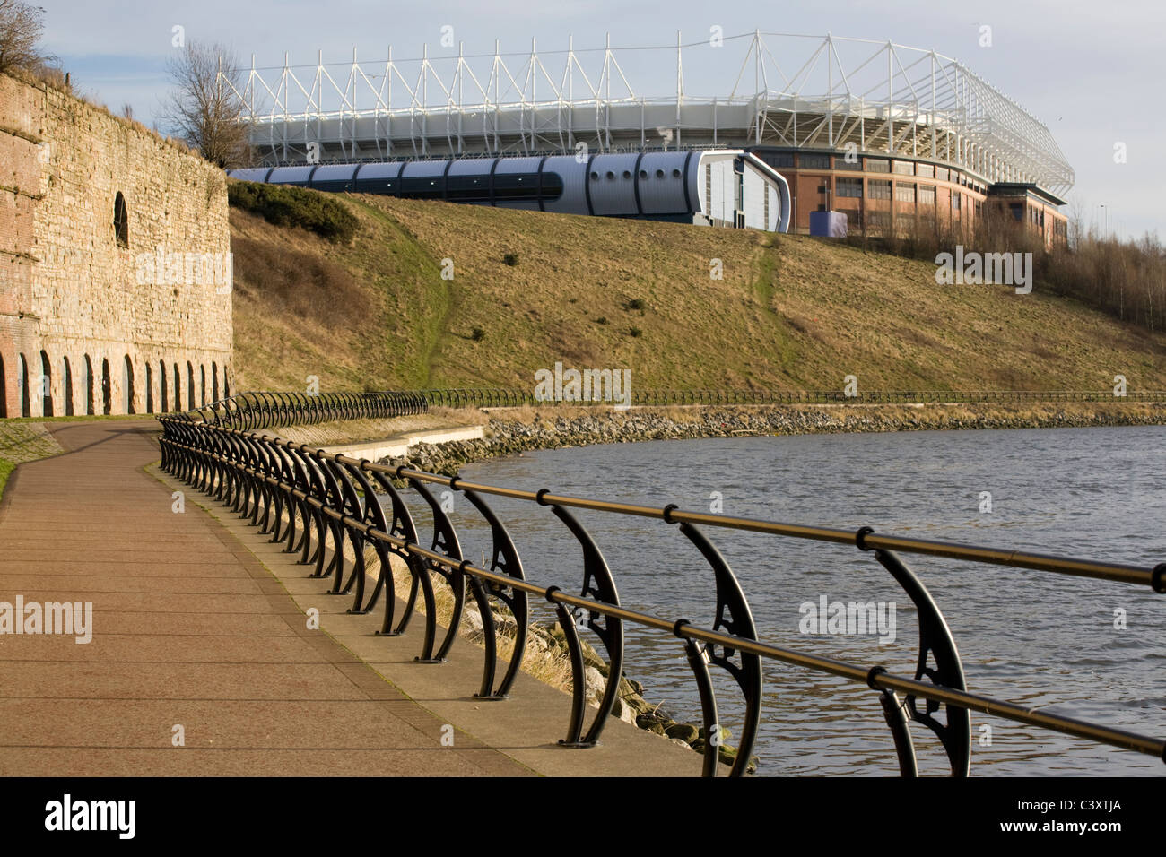 The Sunderland Aquatic Centre and the Stadium of Light home of Sunderland AFC on the banks of the River Wear - Stock Image