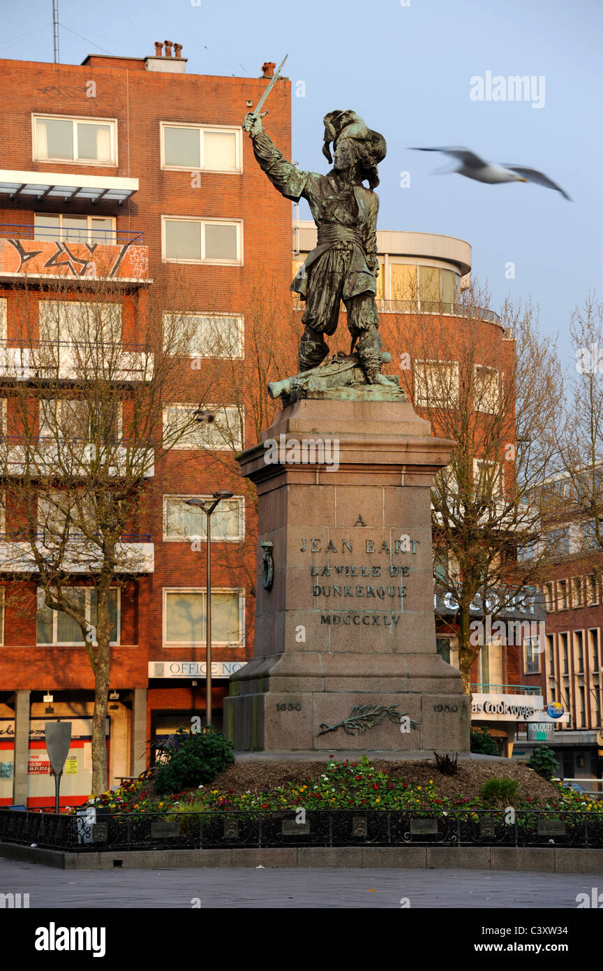 Dunkerque,Nord,Nord-Pas-de-Calais,France. Jean Bart statue,French Naval Commander 1651-1702 - Stock Image