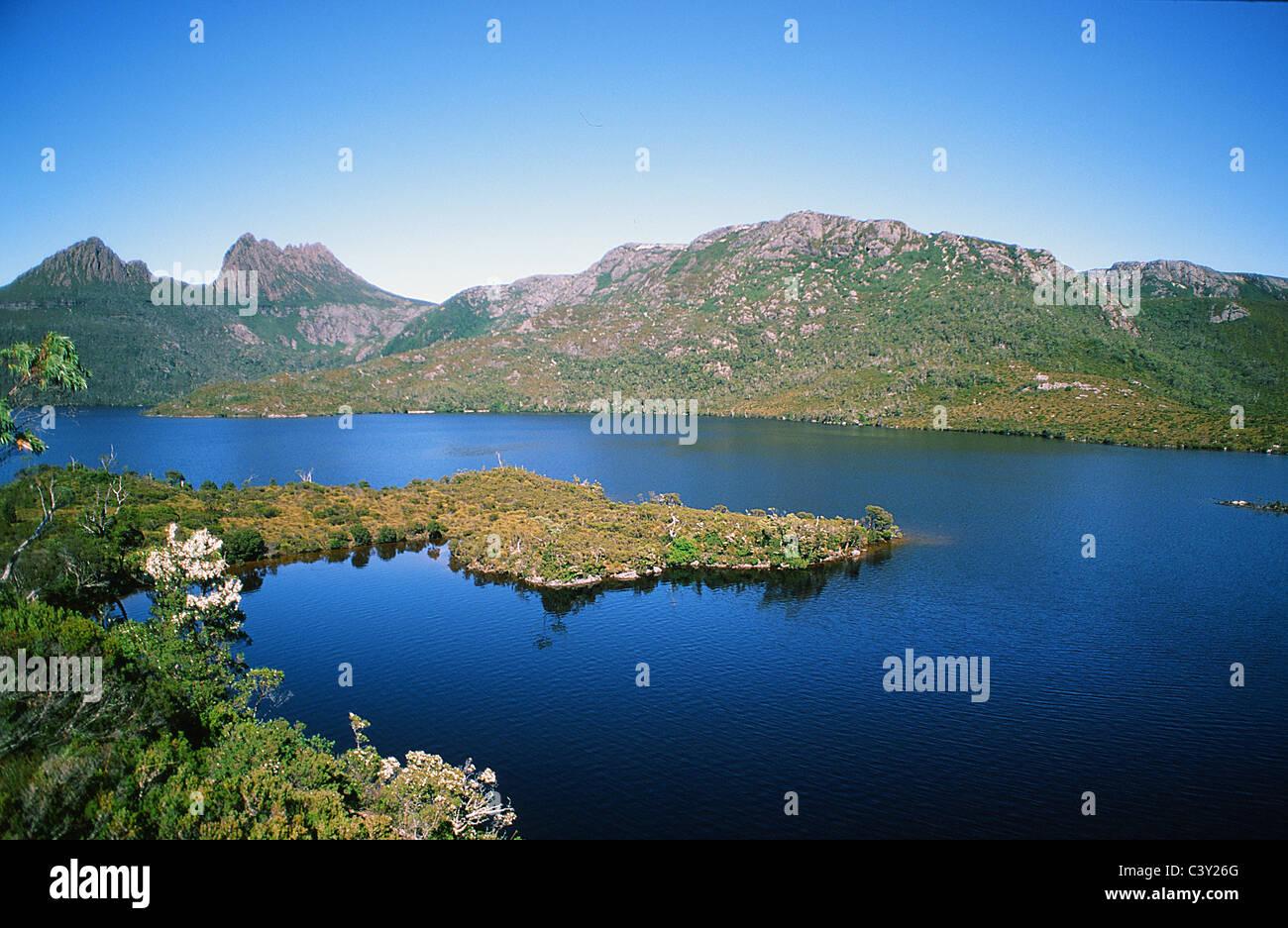 Cradle Mountain National Park with Dove Lake in autumn, Tasmania, Australia - Stock Image