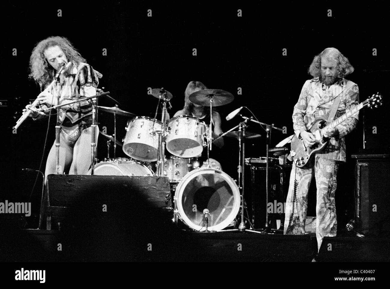 Ian Anderson and Martin Barre of the band Jethro Tull in performance at a concert in 1975. - Stock Image