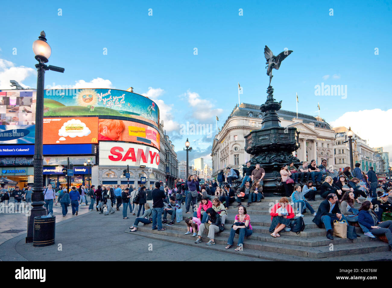 Great Britain, Europe, England, London, Piccadilly Circus, Cupid, tourist, advertisement, recruitment, - Stock Image