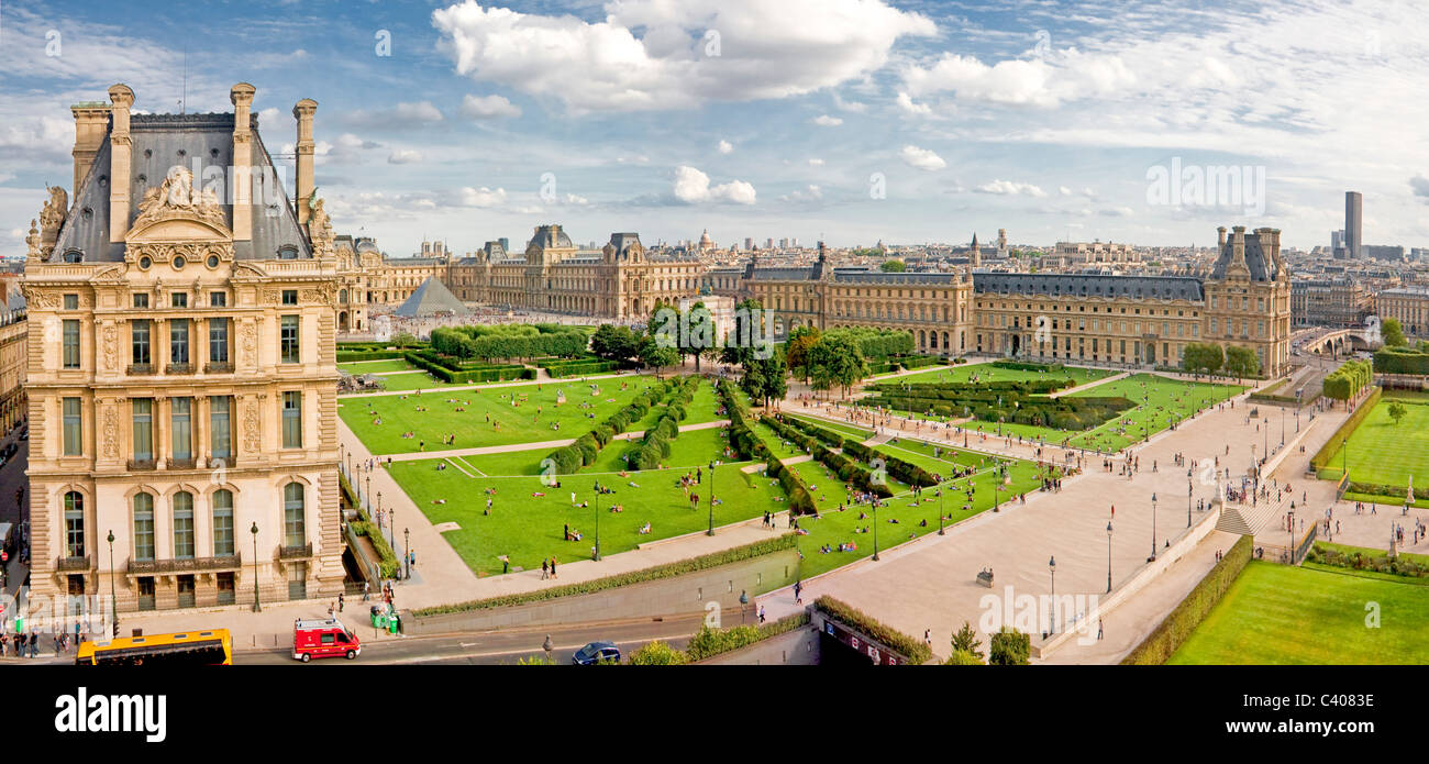 France, Europe, Paris, Tuellieries, park, Louvre, museum, tourist, traveling - Stock Image
