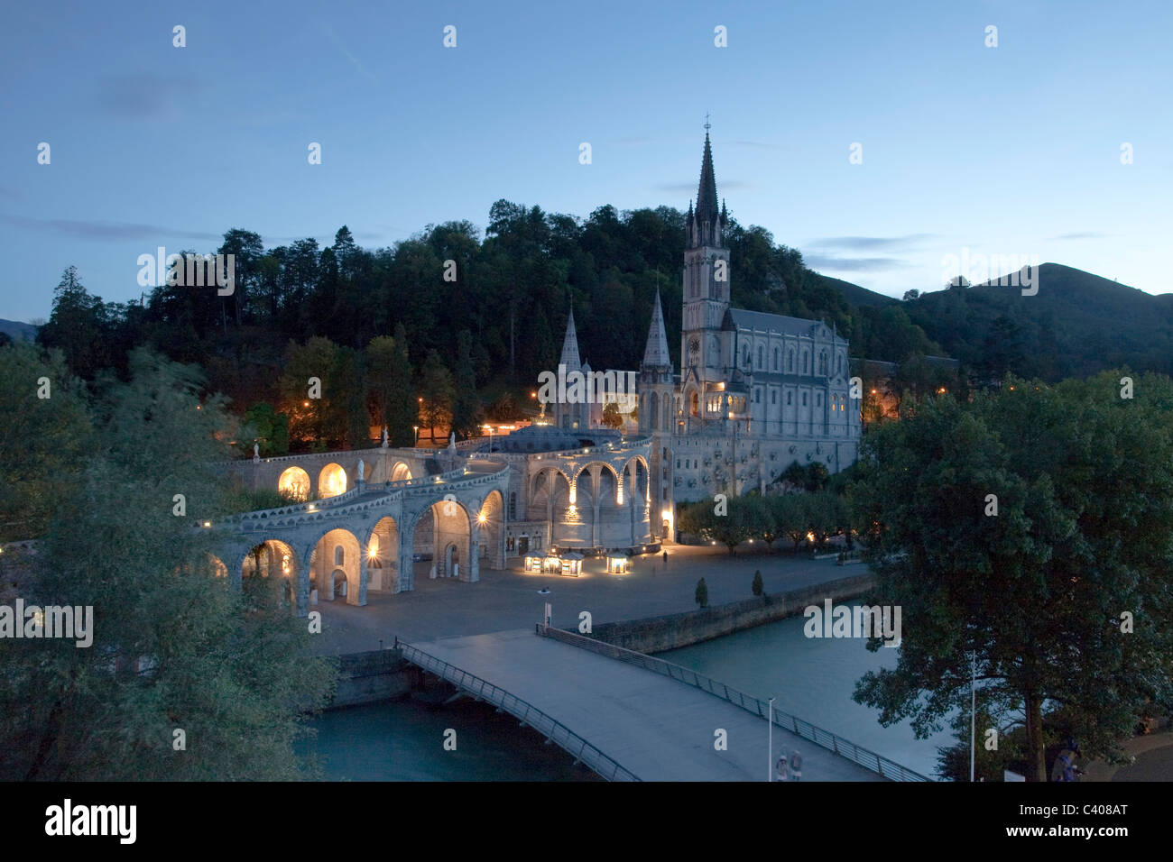 France, Europe, Lourdes, Pyrenees, religion, place of pilgrimage, Madonna, pray, religion - Stock Image