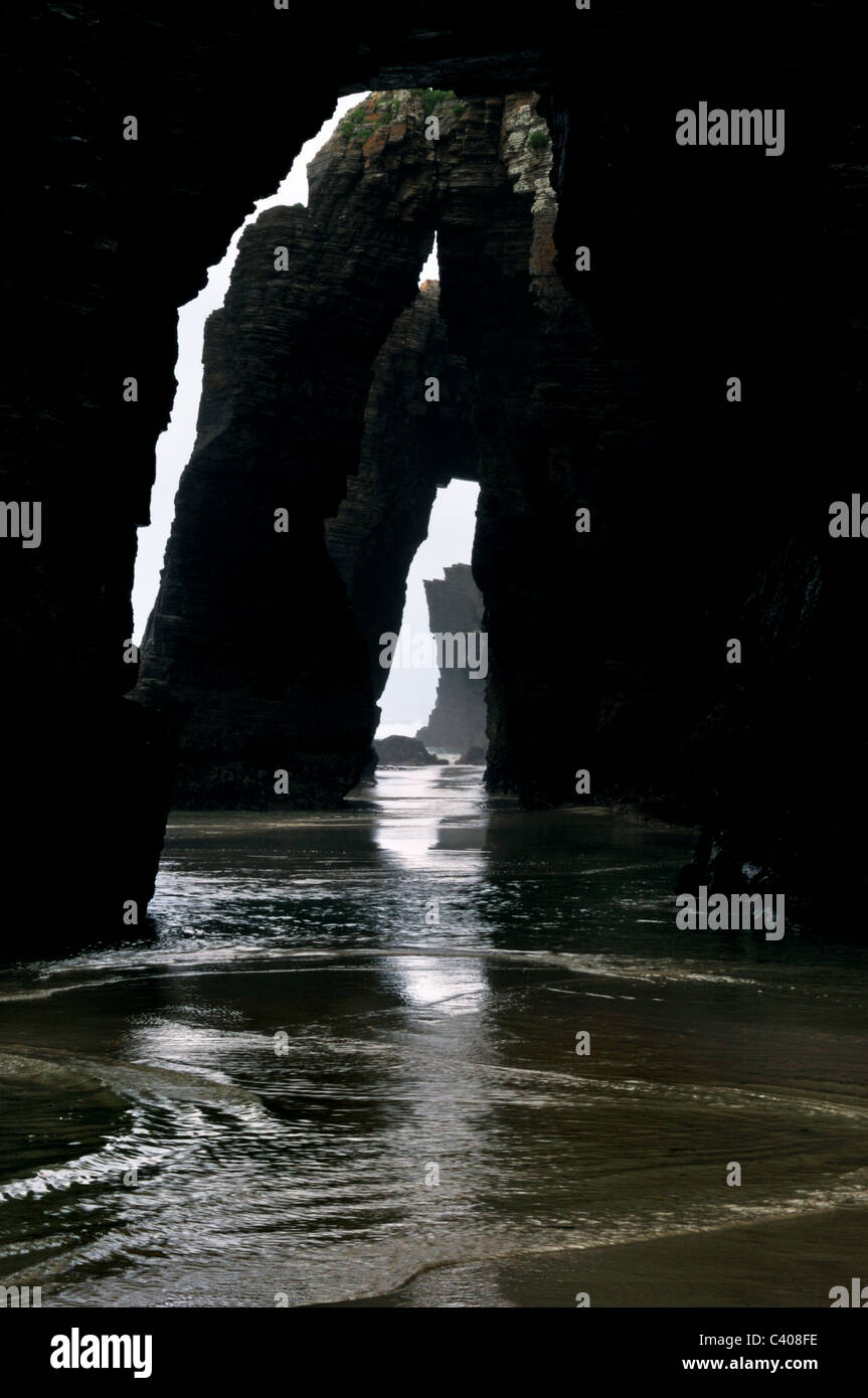 Spain, Galicia: The natural 'cathedrals' of Praia As Catedrais - Stock Image