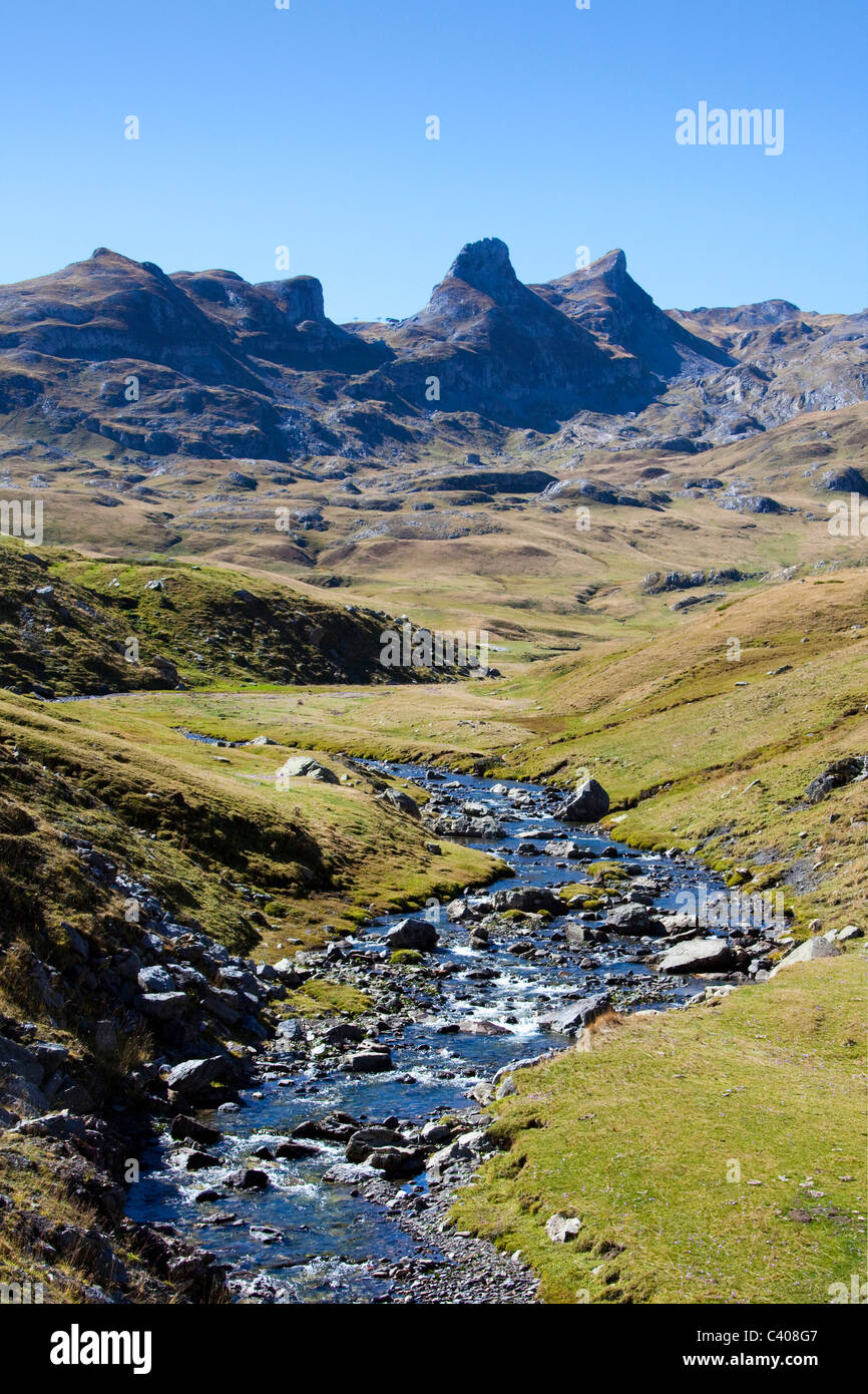 France, Europe, Pyrenees, mountains, brook, Pic you Midi d'Ossau, scenery - Stock Image