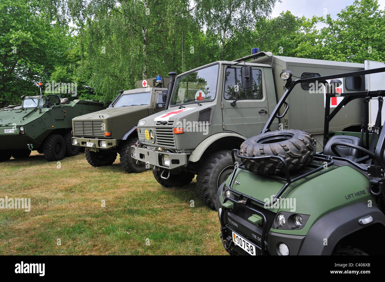Different types of military ambulances of the Belgian Medical Component, Belgium - Stock Image