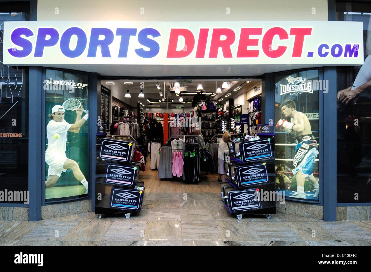 36d0494e9fd6 Sports Direct Com Stock Photos   Sports Direct Com Stock Images - Alamy