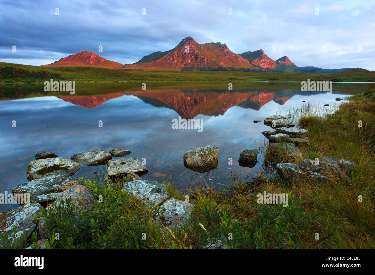Evening, evening mood, Ben Loyal, mountain, mountains, mountains, bodies of water, summits, peaks, glowing, Highland, - Stock Image
