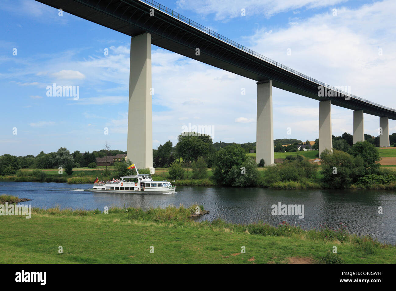 excursion steamer, white fleet, Mintarder Ruhr valley bridge, bridge, Mulheim on Ruhr, Ruhr area, North Rhine-Westphalia, - Stock Image