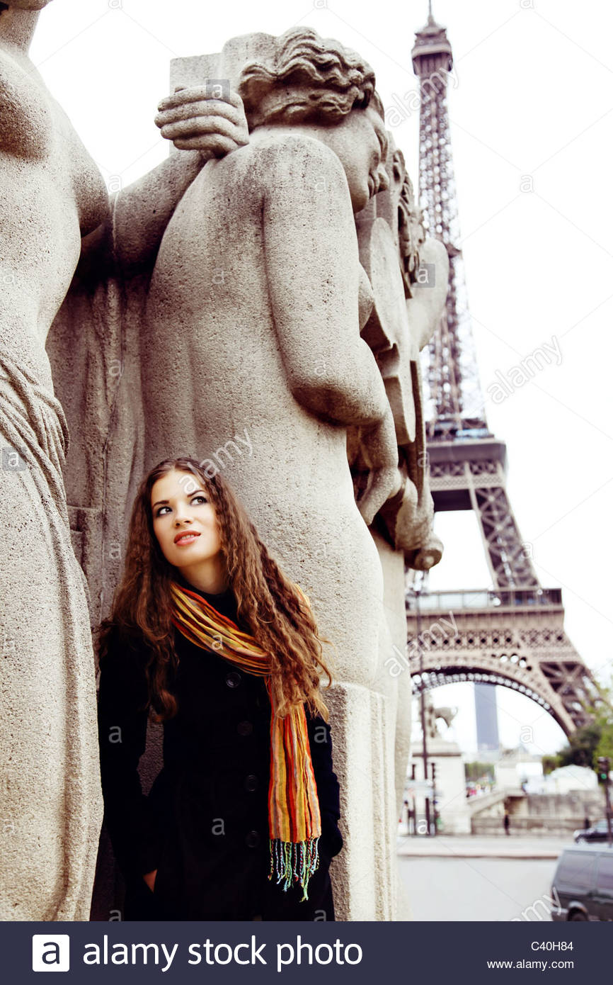 Young woman in Paris - Stock Image
