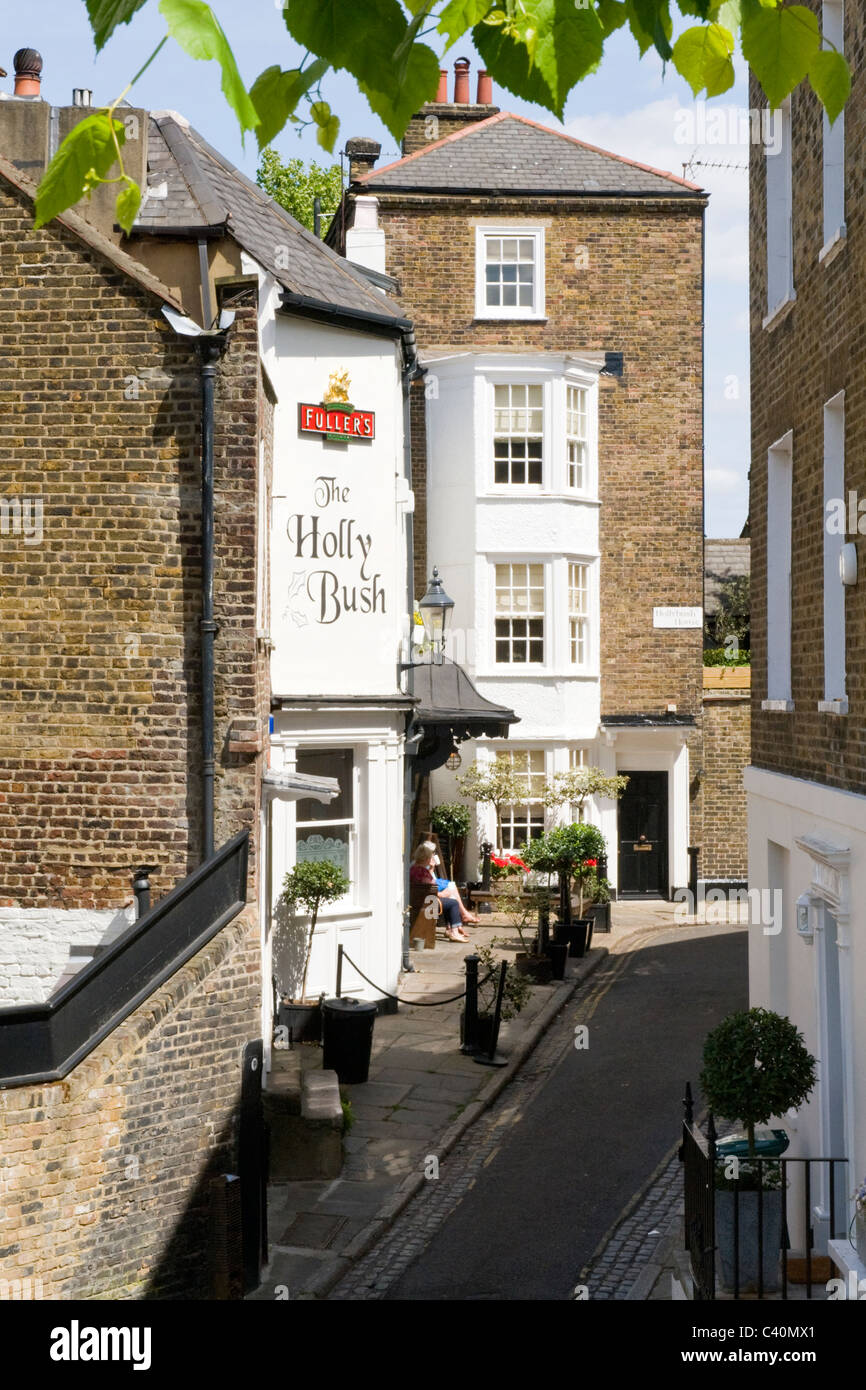 London , Hampstead Village , The Holly Bush pub or bar erstwhile stables of painter George Romney converted in early - Stock Image