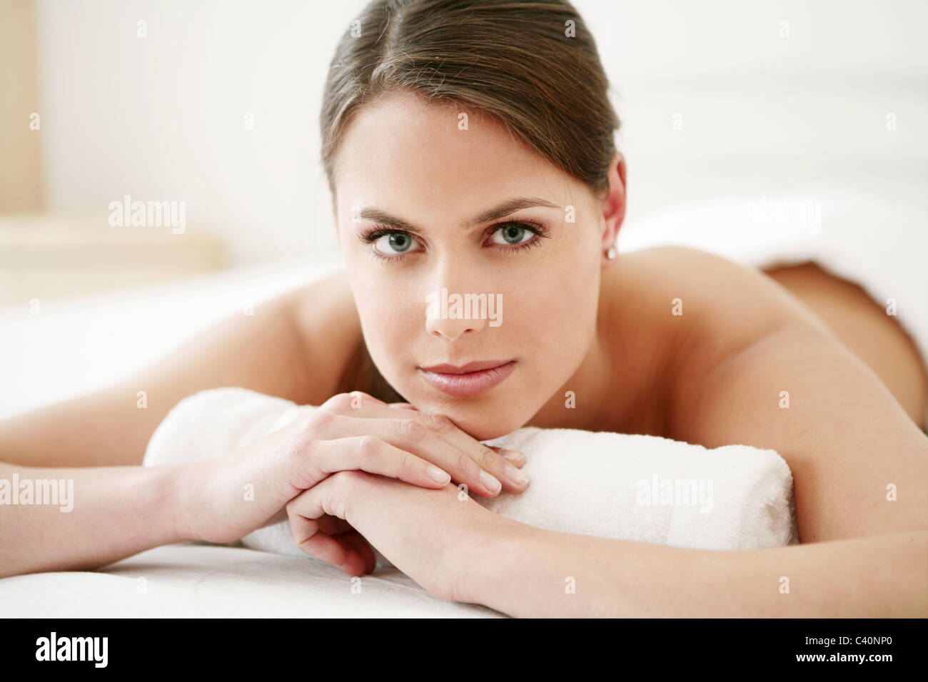 young, woman, lying, tender, gentle, bed, spa, model, adult, caucasian, female, health, beauty, care, 20-25 years, - Stock Image