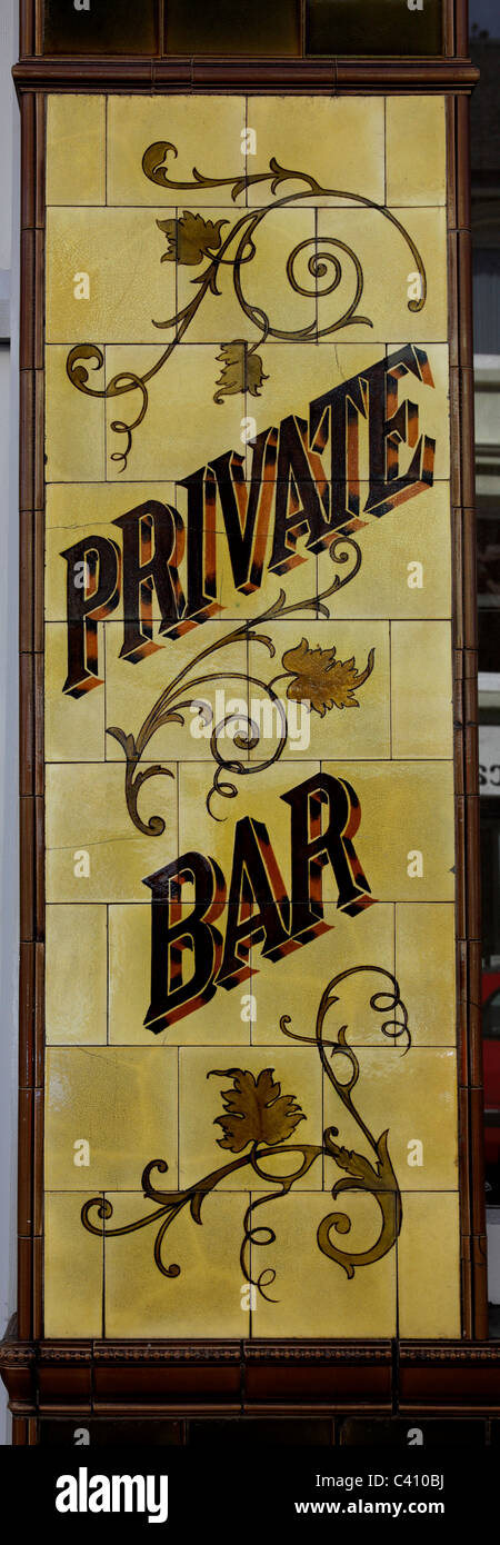 3383. Old Pub wall tiles, Folkestone, Kent, UK - Stock Image