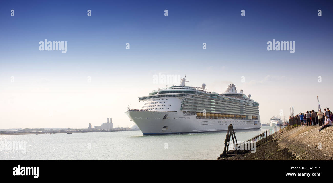 independence of the seas cruise ship leaving Southampton docks - Stock Image