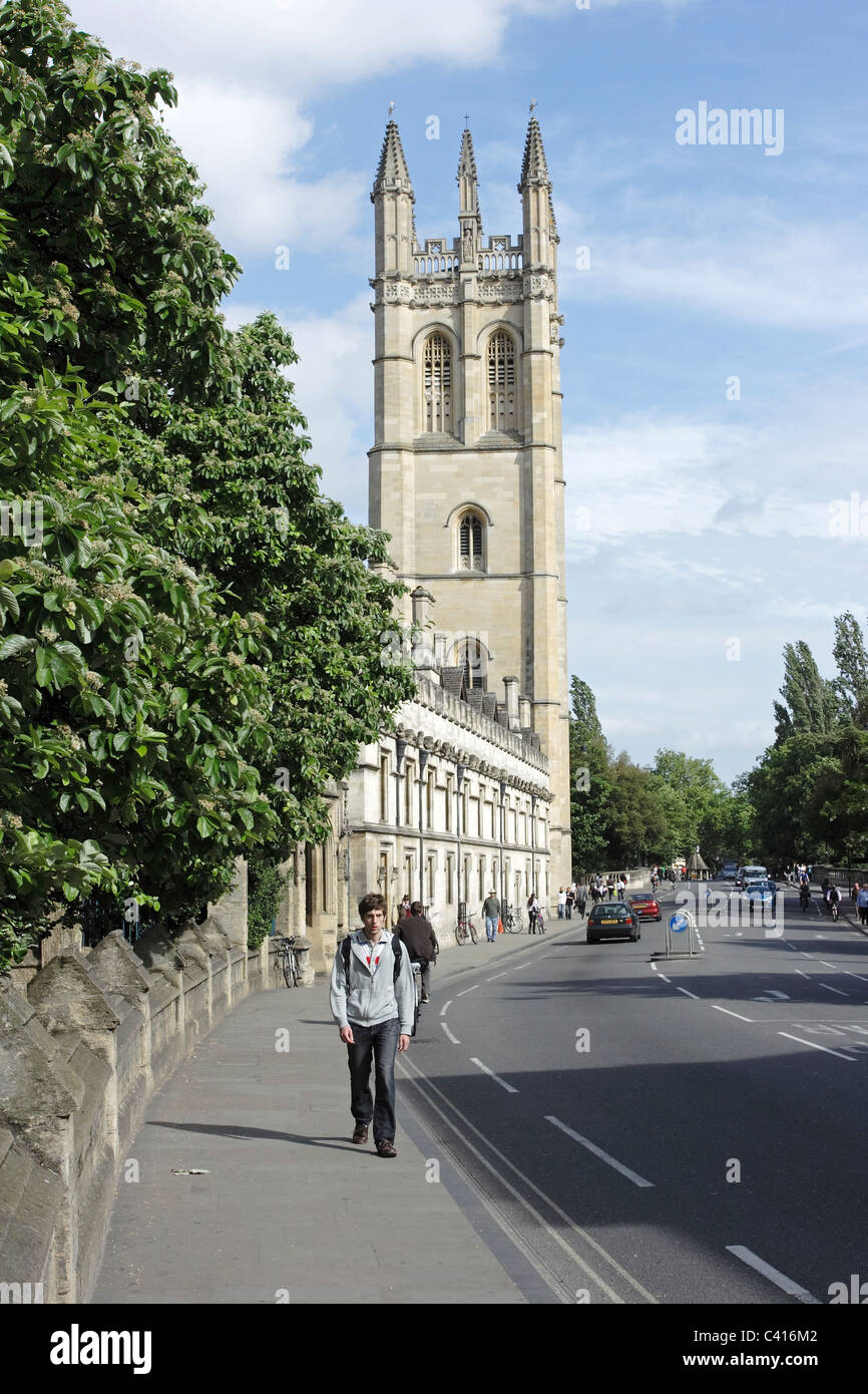 A main street in the historic university city of Oxford, England showing Magdelene College in the background - Stock Image