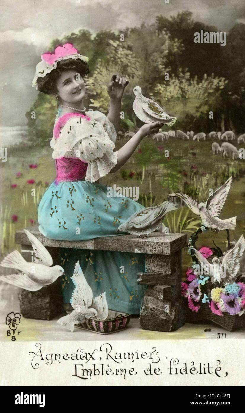 kitsch / souvenir, postcard, 'Agneaux, Ramiers, Embleme de Fidelite' (lambs, culvers, symbol of fidelity), - Stock Image
