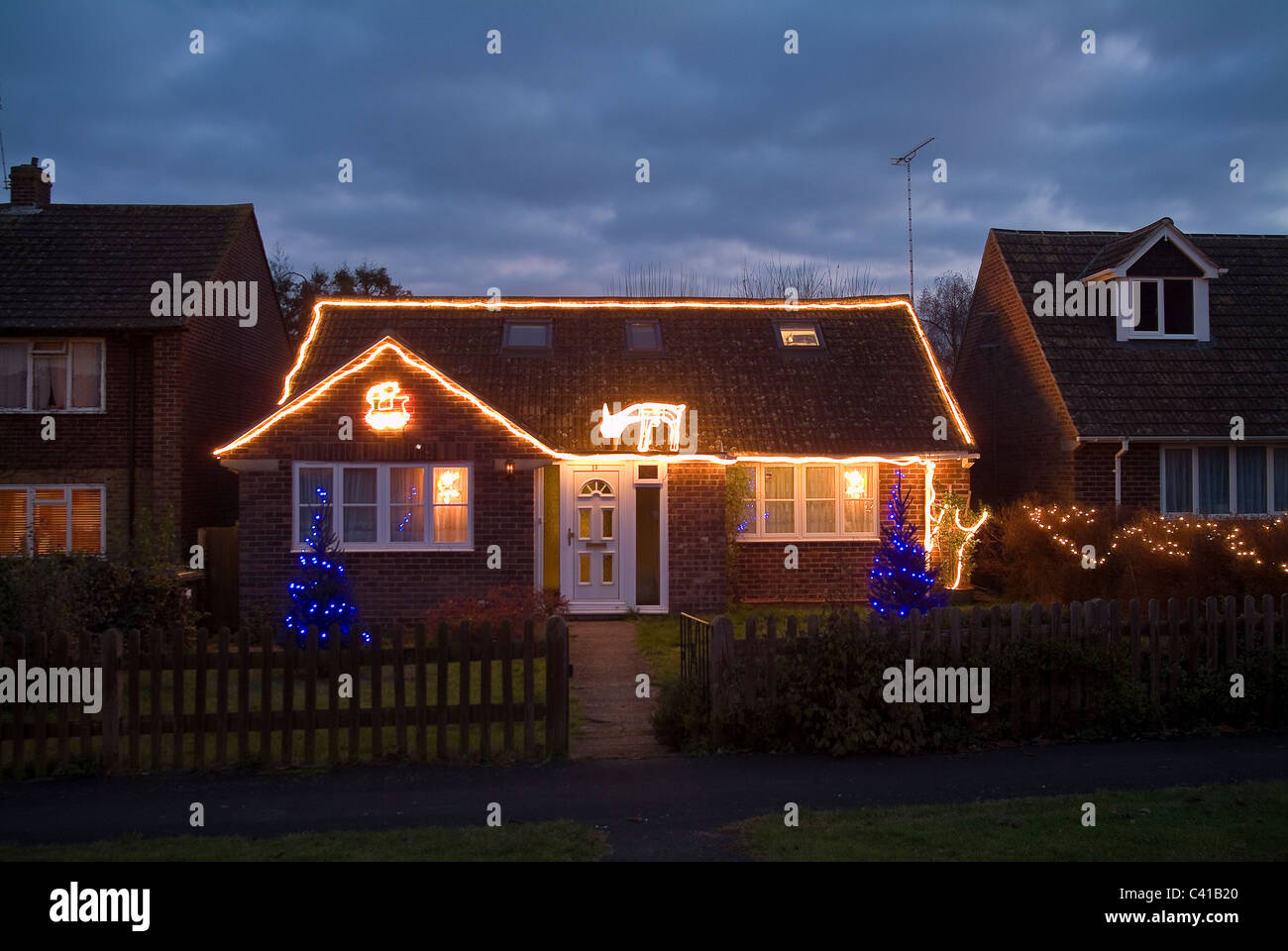 Bungalow Christmas Lights High Resolution Stock Photography And Images Alamy