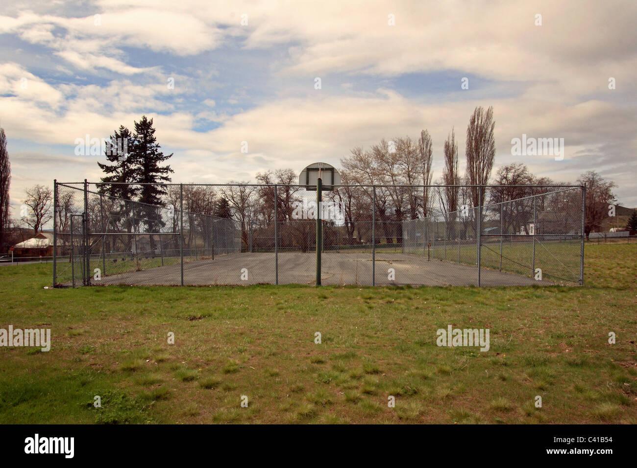 Abandoned playground Antelope, Oregon - Stock Image