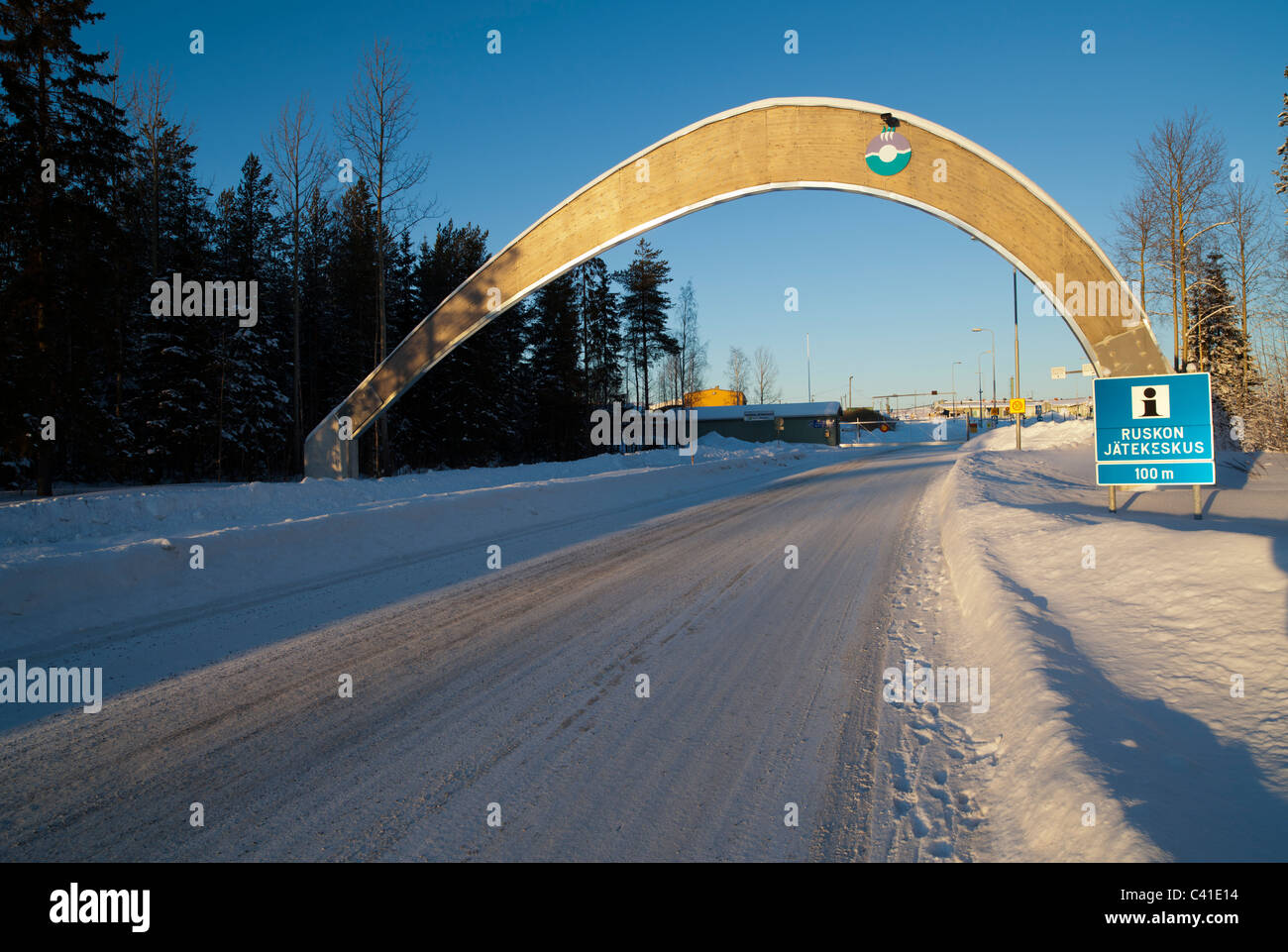 Gateway to the Rusko garbage dump / landfill ( Ruskon jätekeskus ) , Oulu , Finland - Stock Image
