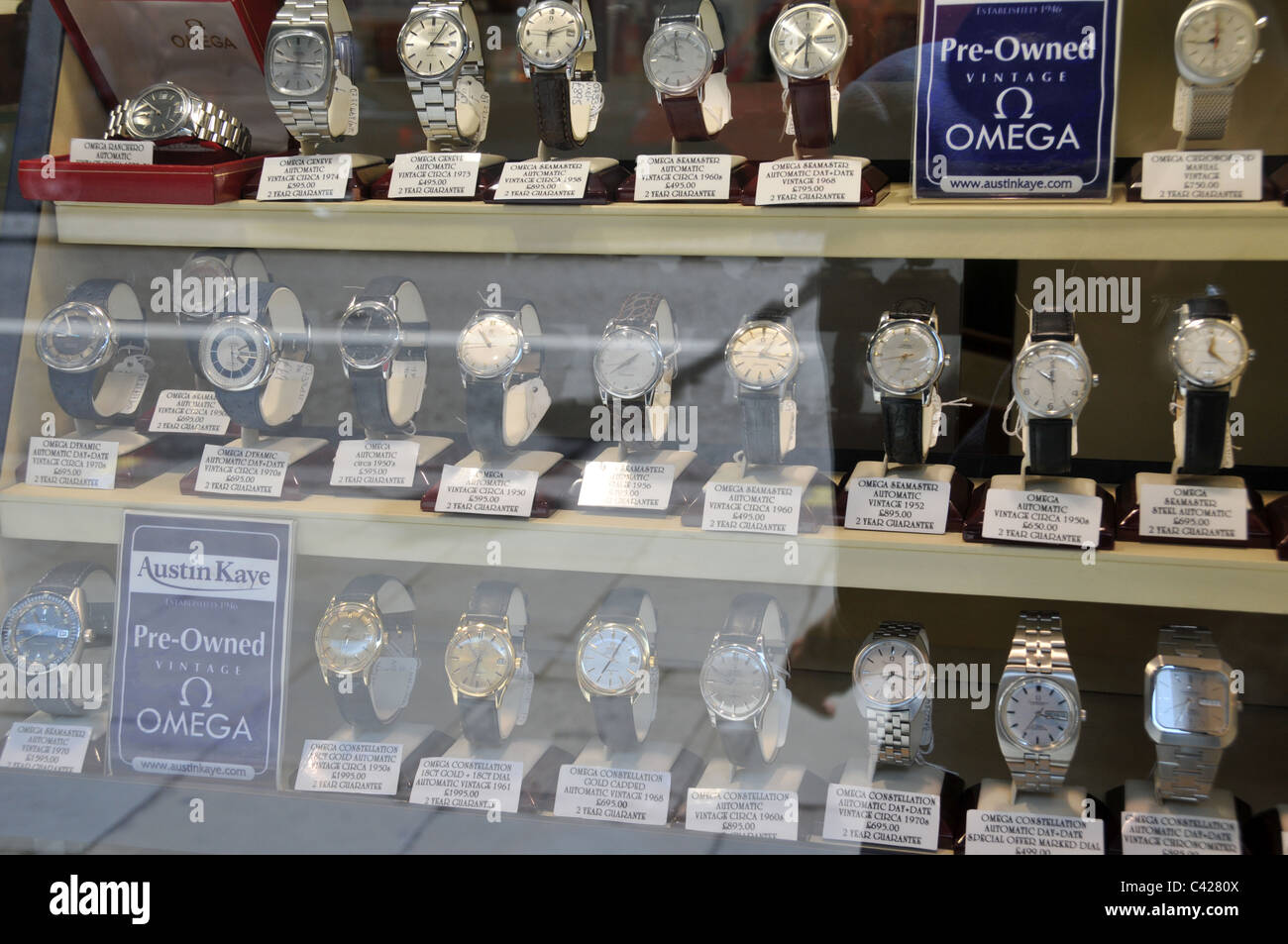 249e06010d1 Watches Shop Window Stock Photos   Watches Shop Window Stock Images ...
