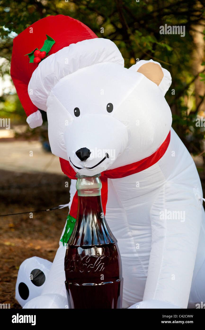 coca cola polar bear inflatable christmas holiday decorations in central florida usa stock - Polar Bear Inflatable Christmas Decorations