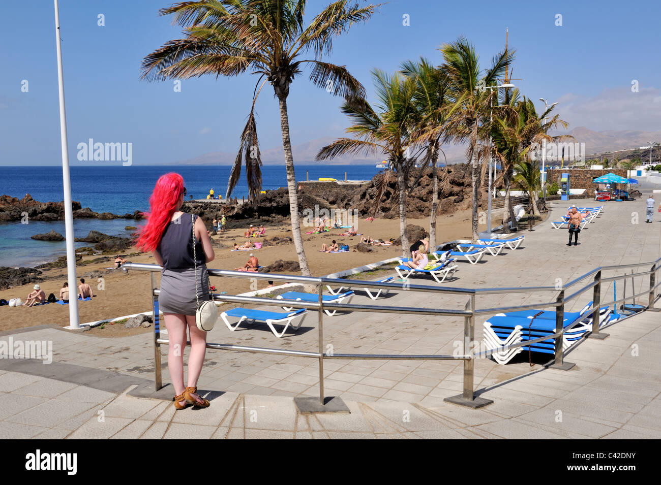 Beach And Promenade Of Playa Chica Old Town Puerto Del Carmen Stock Photo Alamy