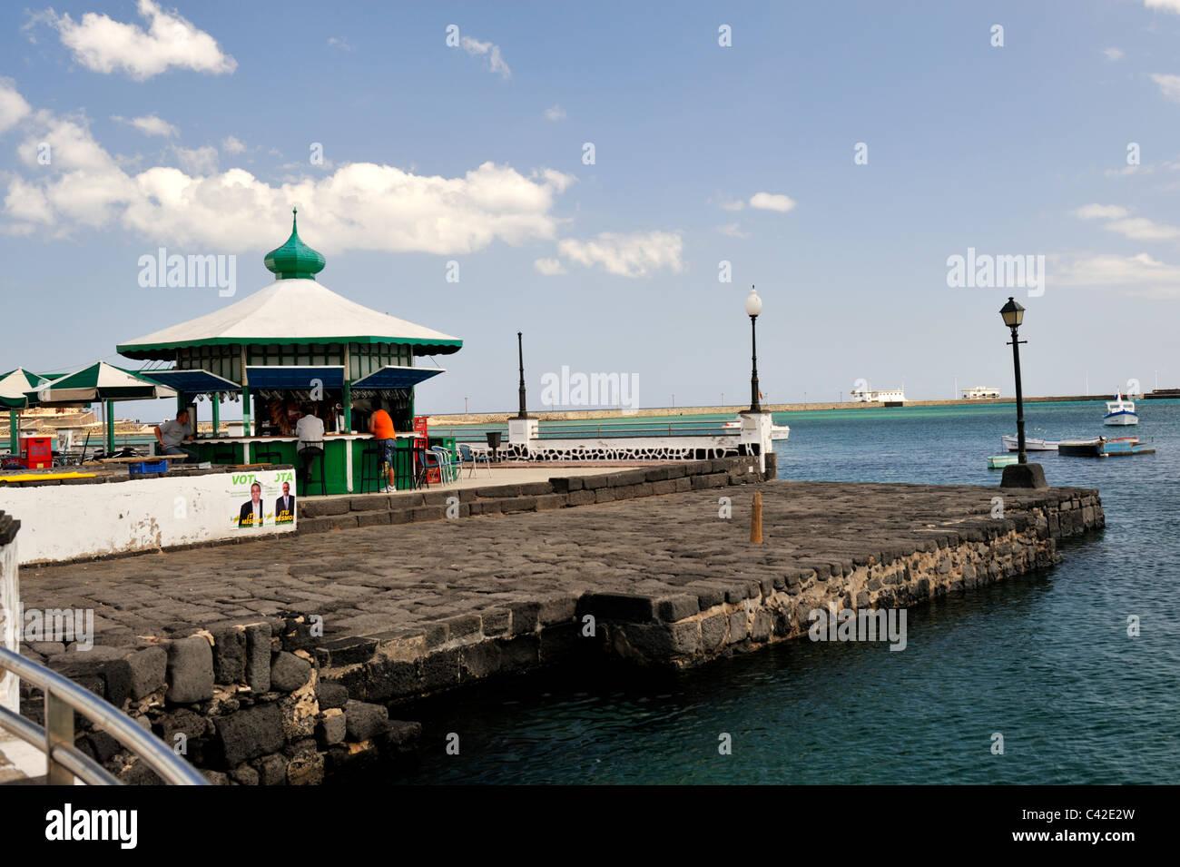 Seaside snack bar in harbour of Arrecife, Lanzarote, 'Canary Islands' - Stock Image