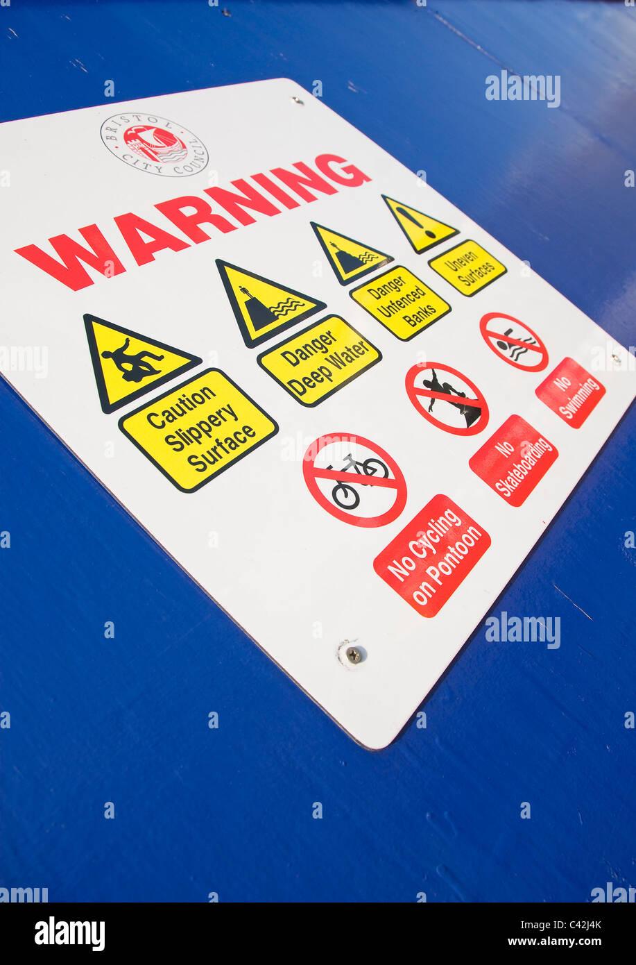 Warning sign, Harbour, Bristol, UK - Stock Image