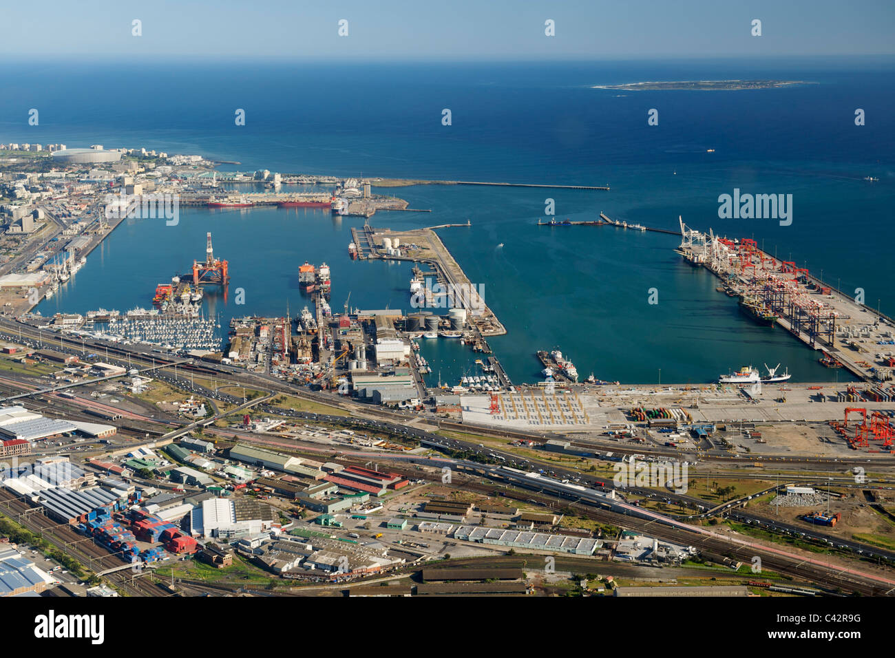 Aerial view of table bay harbour in cape town with robben island stock photo 36941564 alamy - Vol durban port elizabeth ...