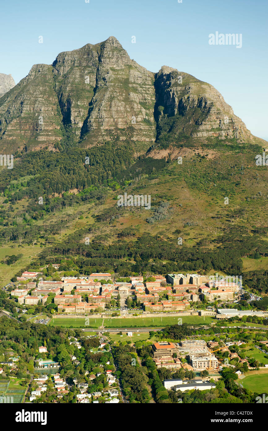 Aerial view of the University of Cape Town on the slopes of Devil's Peak in South Africa. - Stock Image